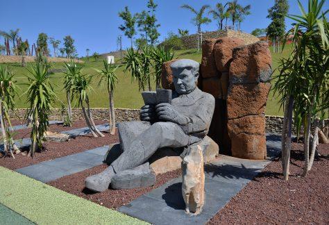 Jorge Barbosa – Cabo Verde (1902/1971) Poetas dos Países ou Territórios de Expressão ou Cultura Portuguesa Escultor: Leão Lopes Parque dos Poetas (2ª Fase A)